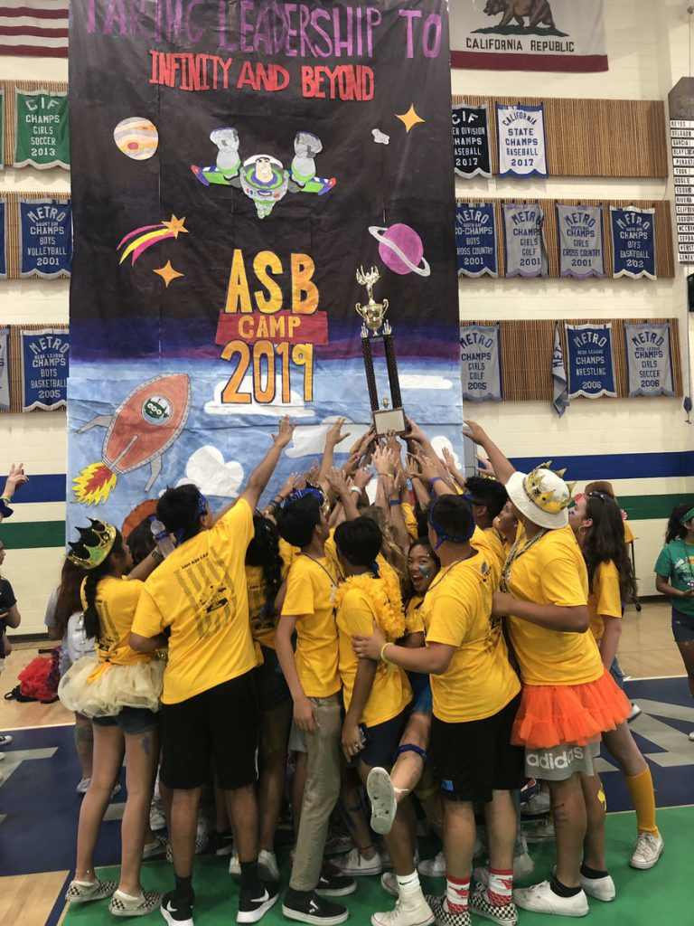 asb students with camp rindone award